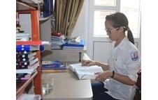Em Lê Thị Thu Trang với 28,00 điểm khối D, đã lọt vào Top 3 học sinh có điểm thi Đại học cao nhất trong tổng số 536.004 em dự thi Đại học Khối D trên cả nước.