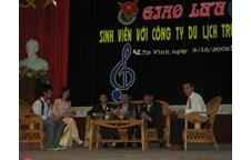 Liên chi Đoàn - Liên chi Hội sinh viên khoa Lịch sử tổ chức giao lưu với công ty Du lịch Trường Sơn