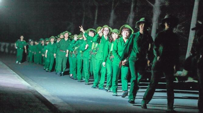 Trung tâm GDQP – AN Vinh tổ chức hành quân rèn luyện cho sinh viên (hệ không chuyên) đợt 3, học kỳ 2, năm học 2014 – 2015.