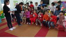 Trường Mầm non Thực hành vui mừng nhận các giải thưởng cao trong cuộc thi
