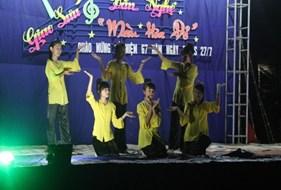 BCH LCĐ khoa Giáo dục tổ chức thăm hỏi, kiểm tra hoạt động của đội SVTN vùng tại xã Sơn Thọ, Vũ Quang, Hà Tĩnh
