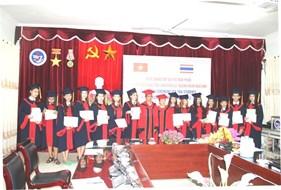 Trường Đại học Vinh long trọng tổ chức Lễ Bế giảng cho lưu học sinh Thái Lan khóa 52 ngành Ngôn ngữ Anh