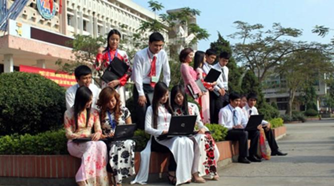 Quy định về hệ số tín chỉ học phí đối với lưu học sinh Lào, đào tạo theo hệ thống tín chỉ (Số: 2000/CTCT HSSV, ngày 08 tháng 9 năm 2009 của Hiệu trưởng)