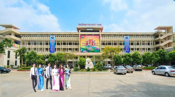 Thư chúc mừng của Đảng uỷ, Ban Giám hiệu gửi tới cán bộ, đoàn viên thanh niên toàn trường nhân kỷ niệm 84 năm ngày thành lập Đoàn TNCS Hồ Chí Minh (26/3/1931 - 26/3/2015)