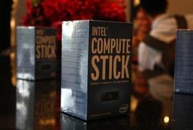 Cận cảnh máy tính tí hon của Intel giá 4 triệu đồng tại VN