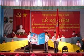 Lễ bế giảng và trao bằng tốt nghiệp học viên hệ vừa học vừa làm tại Ninh Bình và Thanh Hoá