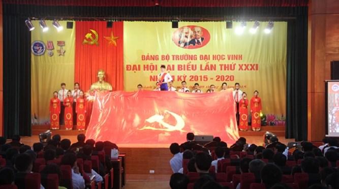 Đại hội đại biểu Đảng bộ Trường Đại học Vinh lần thứ XXXI, nhiệm kỳ 2015 - 2020 thành công tốt đẹp