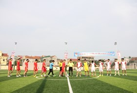 Bế mạc và trao giải Giải bóng đá Trường Đại học Vinh mở rộng năm 2015